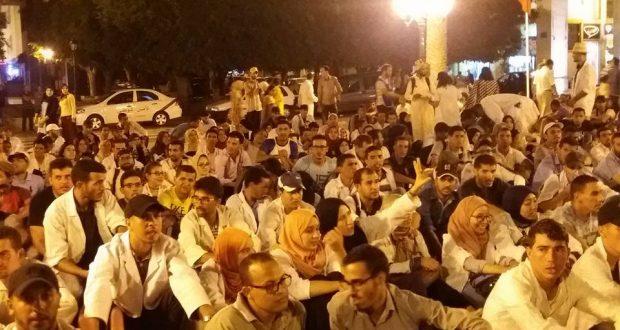 المجلس الوطني لـ 10000 يندد بالقمع ويصر على مواصلة الاحتجاج